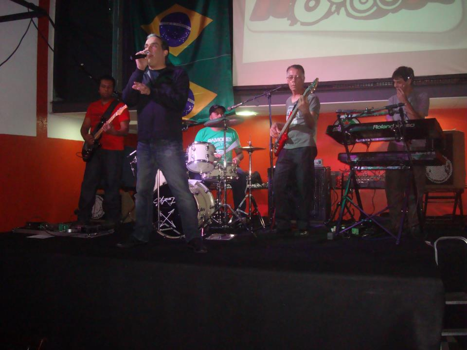 banda_hook_04agosto2012_no_vitrine_pizza_bar
