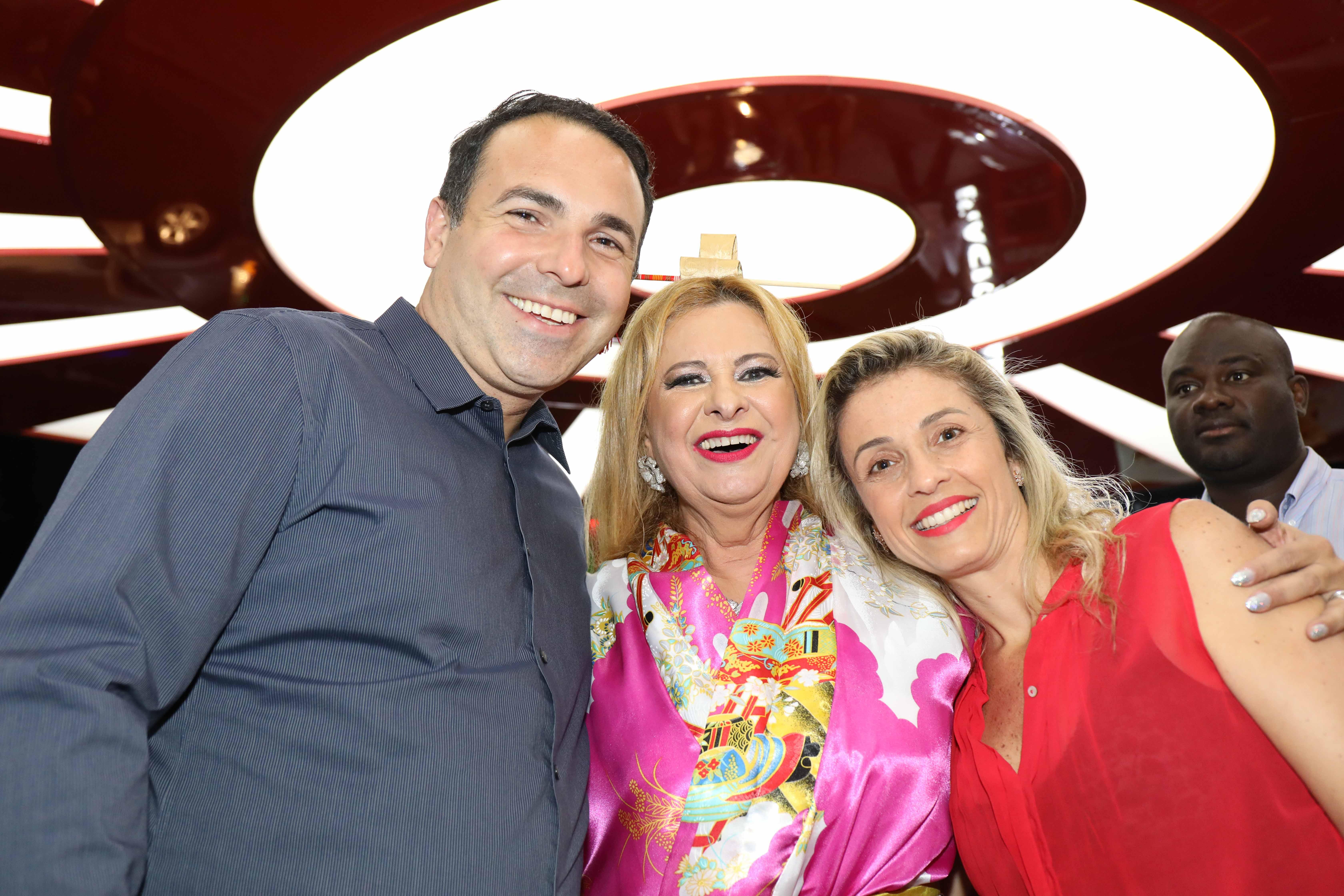 Lilian Gonçalves Gottino e esposa