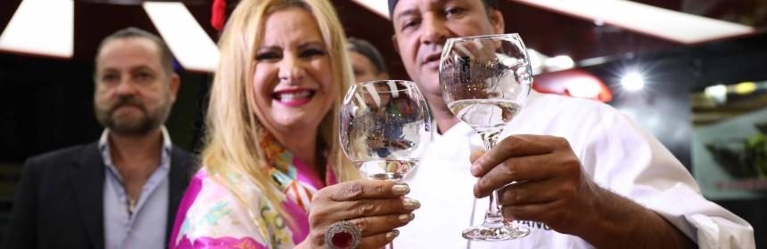 Lilian Gonçalves e Bayano do Sushi