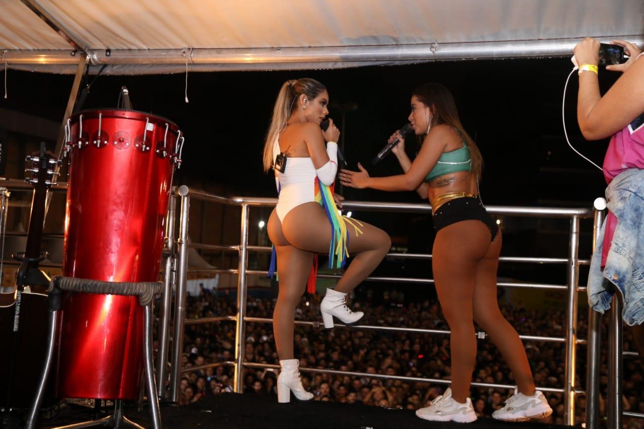 LEXA E ANITTA