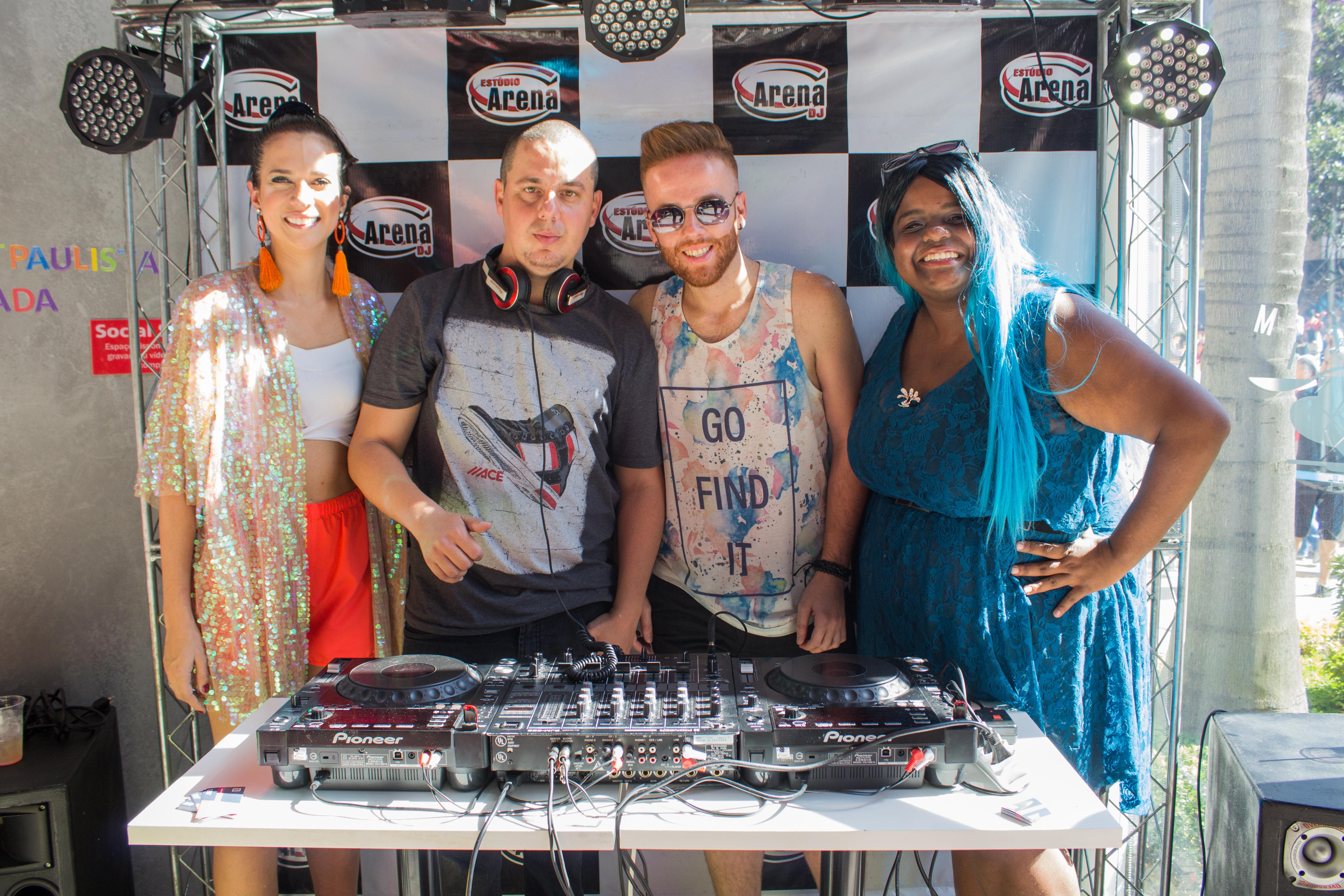 ESTUDIO ARENA E DJS